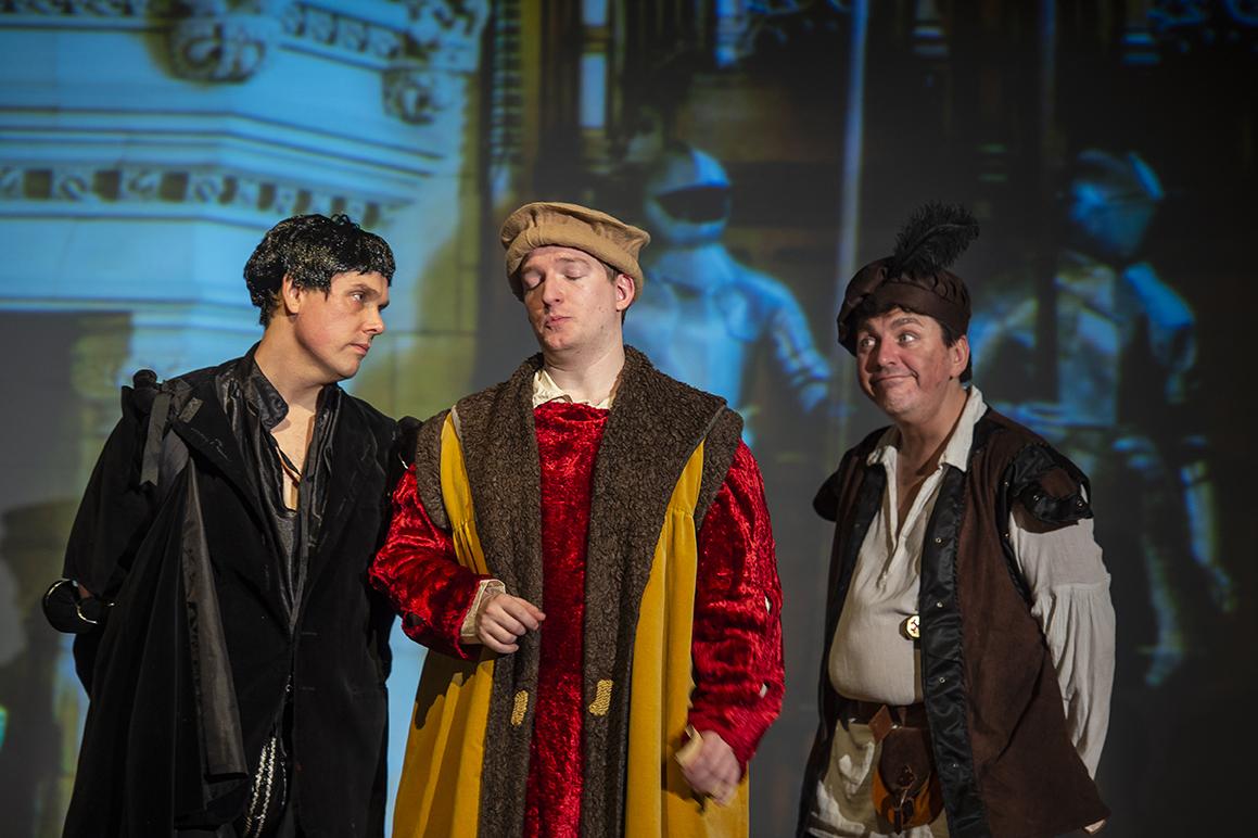 MKTOC - BA Queen of Spain: Edmund, Percy and Baldrick