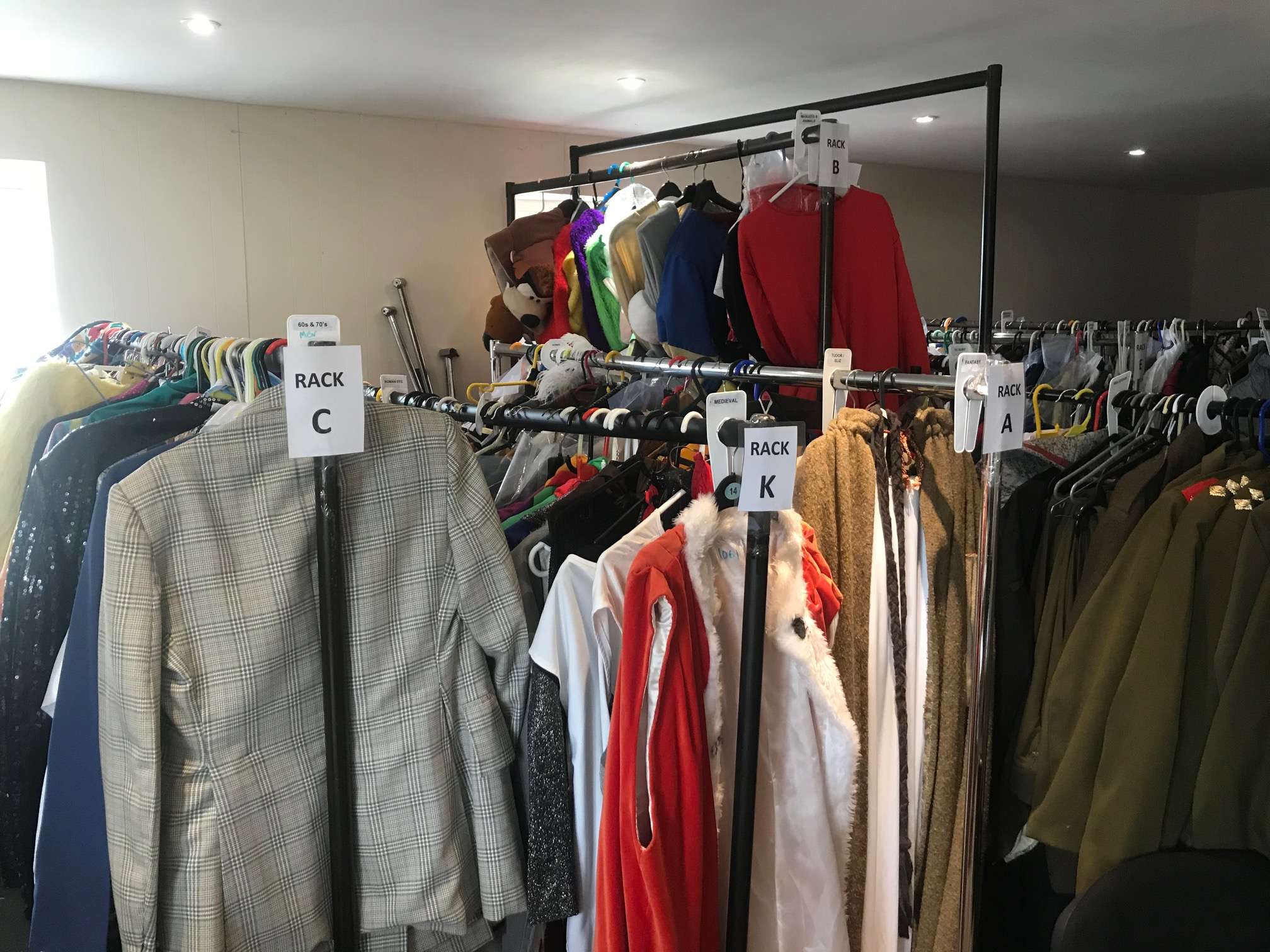 MKTOC Costumes store