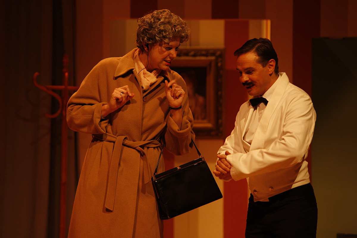 MKTOC - Fawlty Towers: Mrs Richards & Manuel